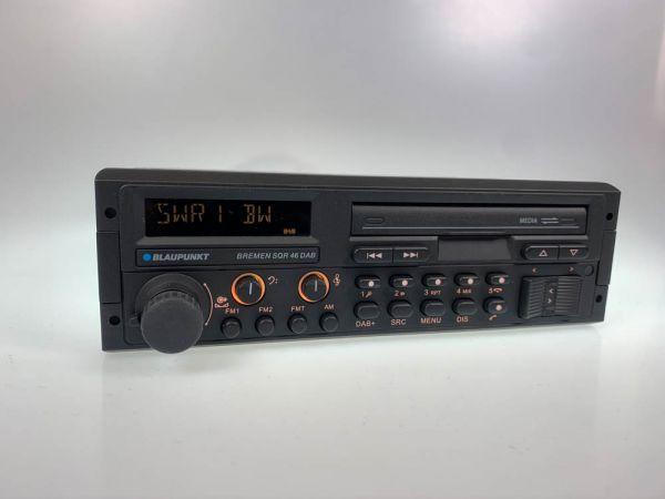 Youngtimer Autoradio Bremen SQR 46 mit DAB+ von Blaupunkt